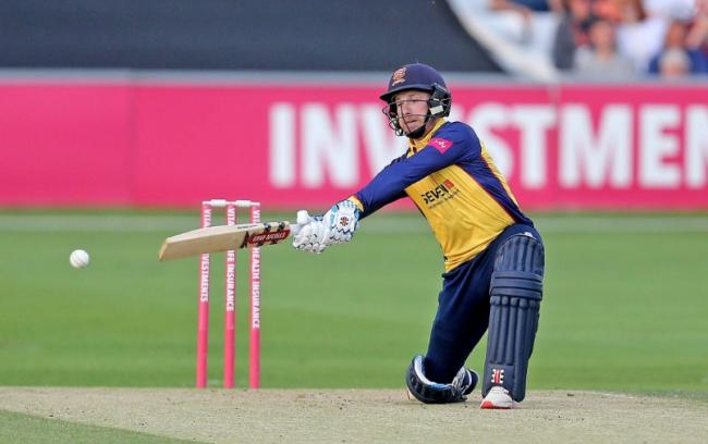 Frustrating night - for Essex Eagles' Adam Wheater       Picture:NICKY HAYES