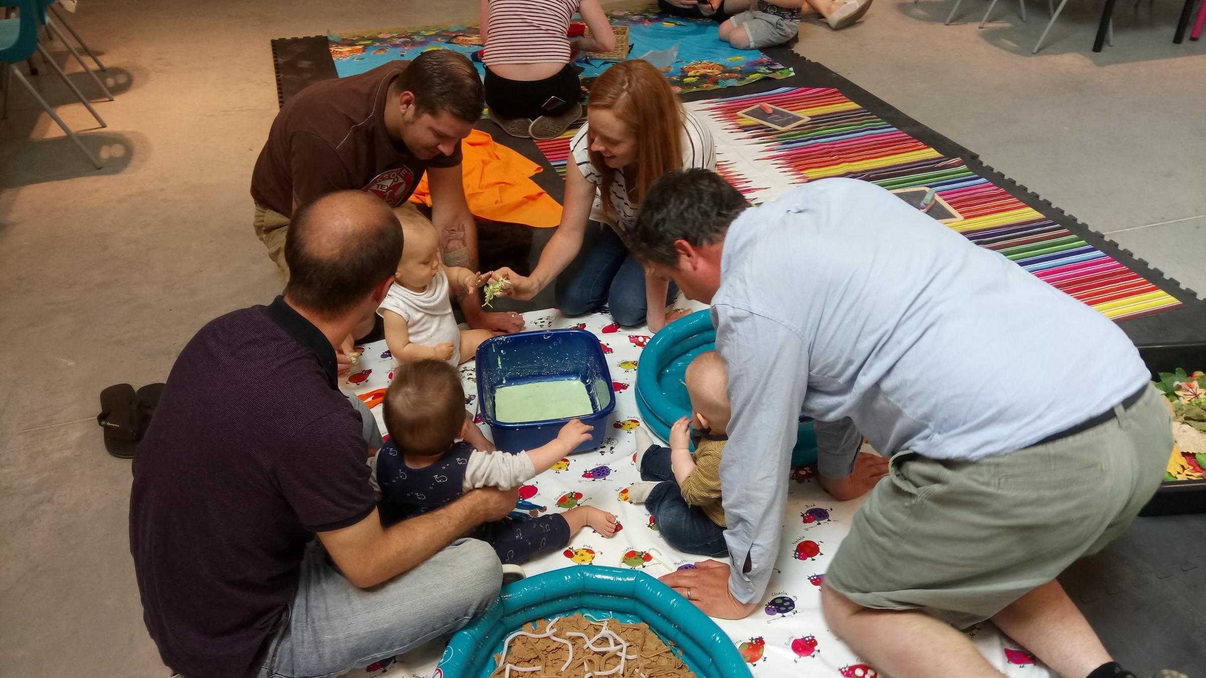 Family Crafty Sense - Summer at the Seaside