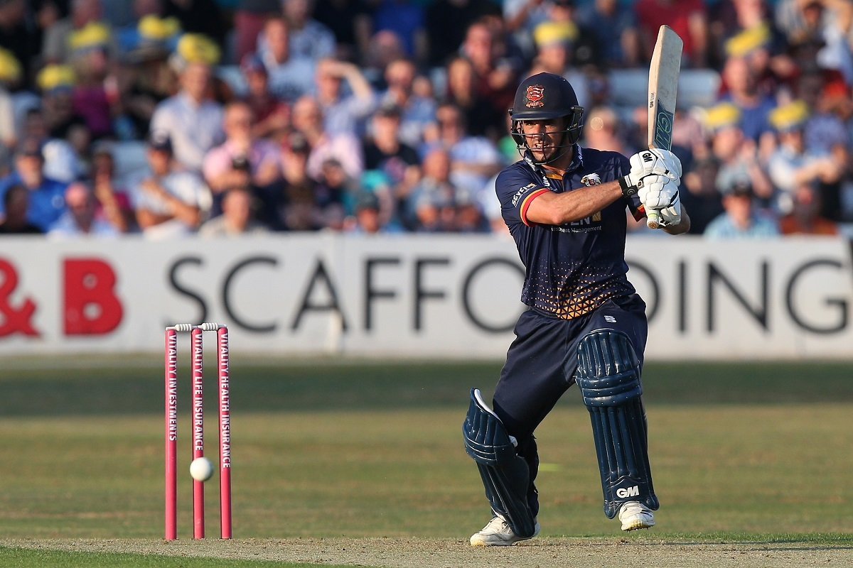 Top scorer - Ryan ten Doeschate made 43 for the Essex Eagles against Glamorgan Picture: GAVIN ELLIS/TGSPHOTO